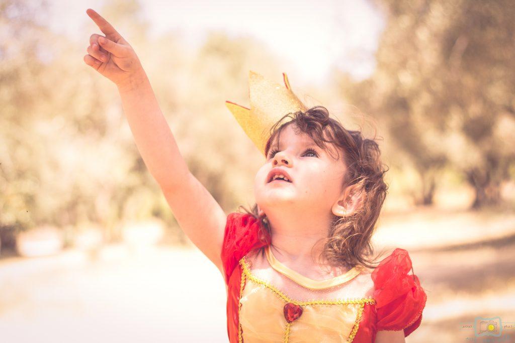"""הבלון הצהוב- סטודיו לצילום ועיצוב גרפי IMG_0634-Edit-1024x683 צילום בעקבות אגדה- """"הנסיך צפרדע"""" צילום ילדים בטבע, צלמת ילדים בדרום"""