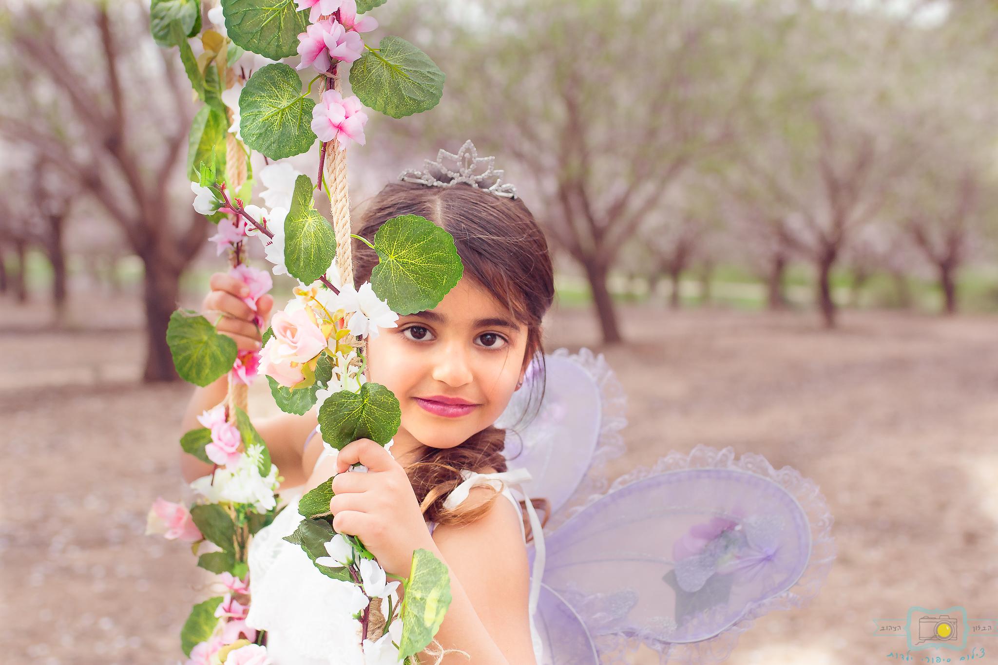 הבלון הצהוב- סטודיו לצילום ועיצוב גרפי IMG_0175-Edit פיית השקדיות- צילומי קונספט לילדים