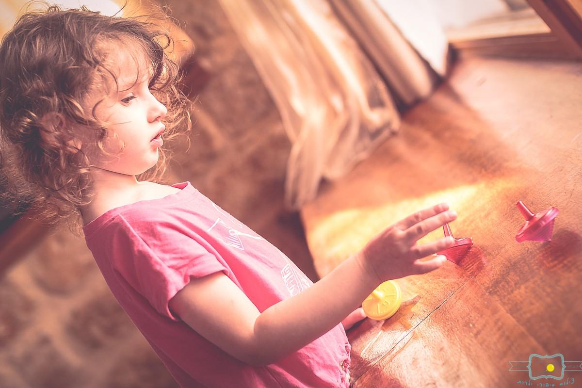 הבלון הצהוב- סטודיו לצילום ועיצוב גרפי IMG_0190-Edit צילום ילדים בבית- על  צילומי לייף סטייל שמעתם?