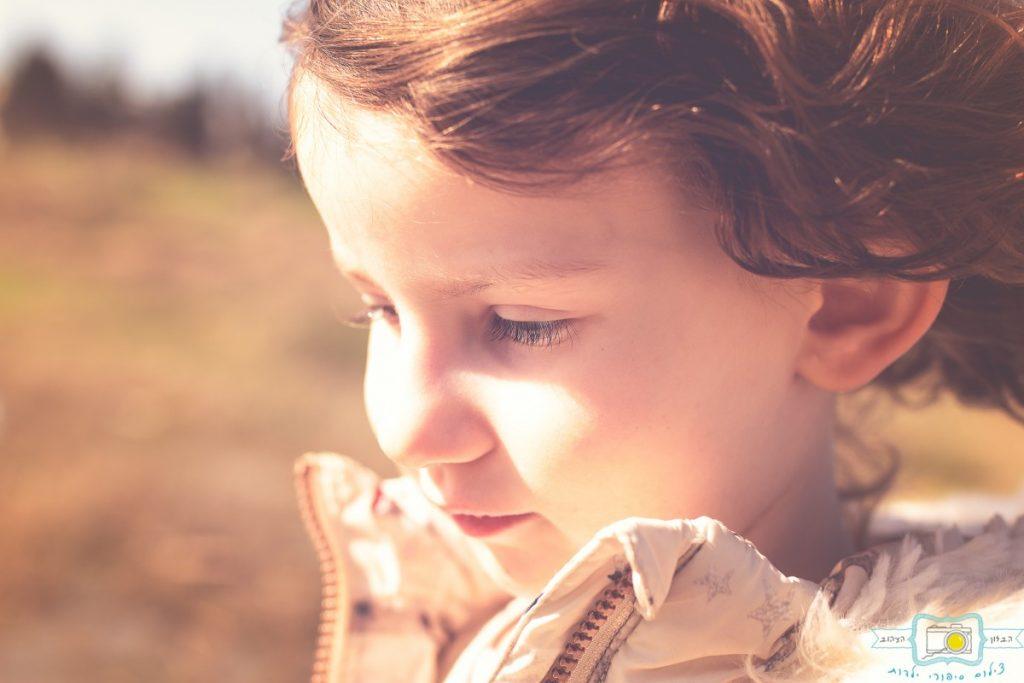 ג'ני פפרמן צלמת הריון, נשיות, בוק בת מצווה ותדמית IMG_0277-Edit-1024x683 שדה של שבלולים- צילום ילדים בטבע, במשחק חופשי. עונות השנה- חורף