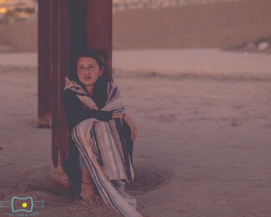 הבלון הצהוב- סטודיו לצילום ועיצוב גרפי IMG_0823-Edit מלכת השקט- צילום בעקבות סיפור