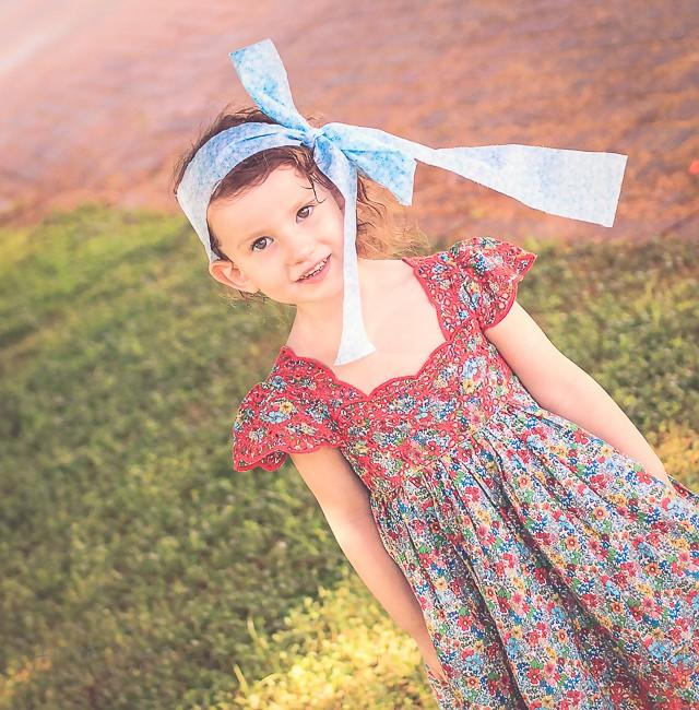 הבלון הצהוב- סטודיו לצילום ועיצוב גרפי IMG_0110-Edit-2 צילום ספר אישי לילד- פירורינייה