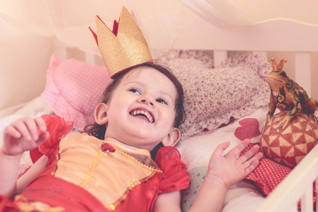 """הבלון הצהוב- סטודיו לצילום ועיצוב גרפי IMG_0146-Edit-1024x683 צילום בעקבות אגדה- """"הנסיך צפרדע"""" צילום ילדים בטבע, צלמת ילדים בדרום"""