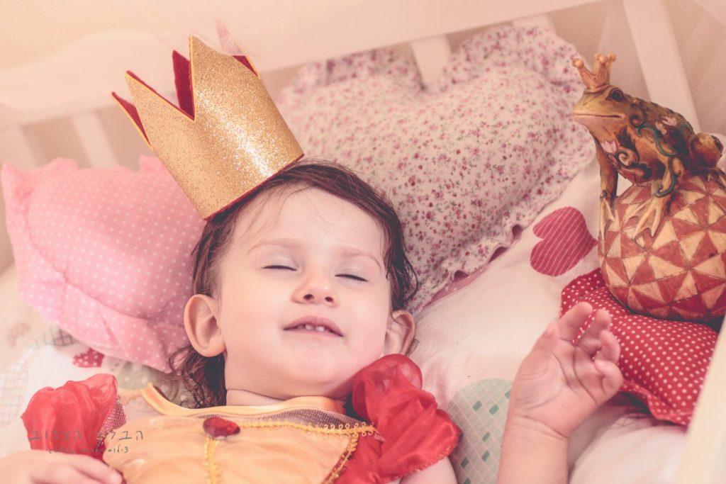 """הבלון הצהוב- סטודיו לצילום ועיצוב גרפי IMG_0147-Edit-1024x683 צילום בעקבות אגדה- """"הנסיך צפרדע"""" צילום ילדים בטבע, צלמת ילדים בדרום"""