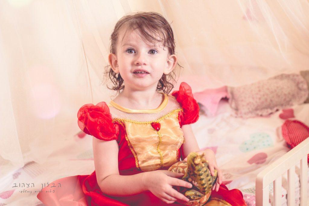 """הבלון הצהוב- סטודיו לצילום ועיצוב גרפי IMG_0157-Edit-1024x683 צילום בעקבות אגדה- """"הנסיך צפרדע"""" צילום ילדים בטבע, צלמת ילדים בדרום"""