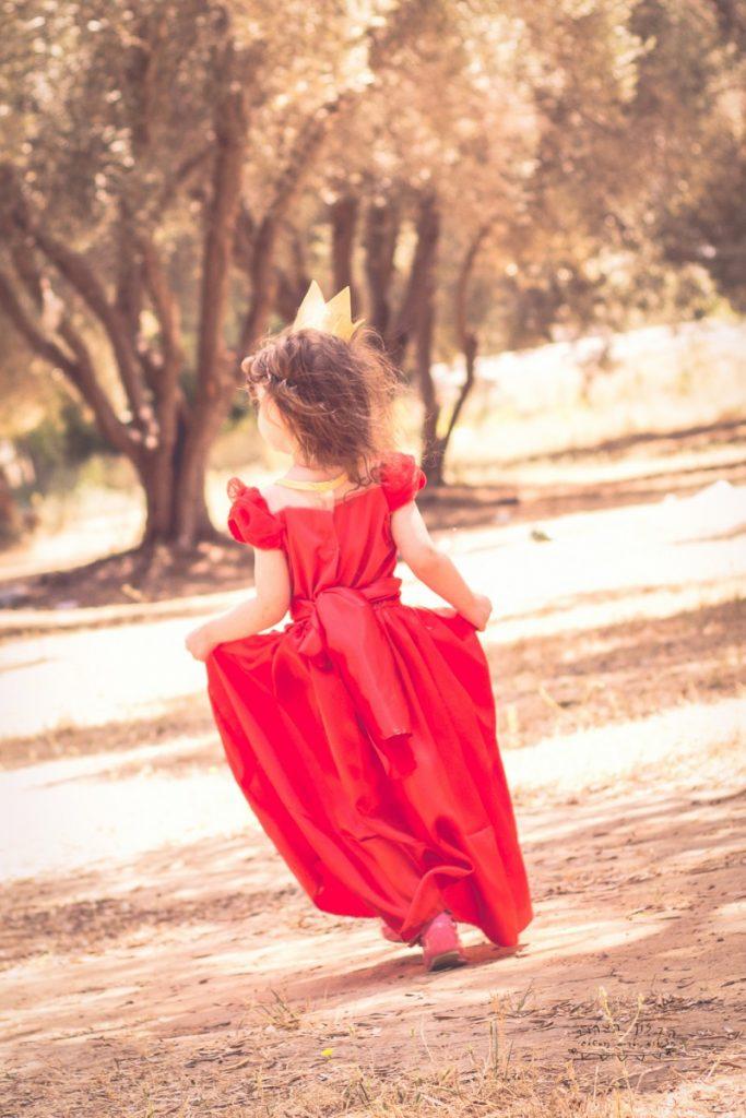"""הבלון הצהוב- סטודיו לצילום ועיצוב גרפי IMG_0645-Edit-683x1024 צילום בעקבות אגדה- """"הנסיך צפרדע"""" צילום ילדים בטבע, צלמת ילדים בדרום"""
