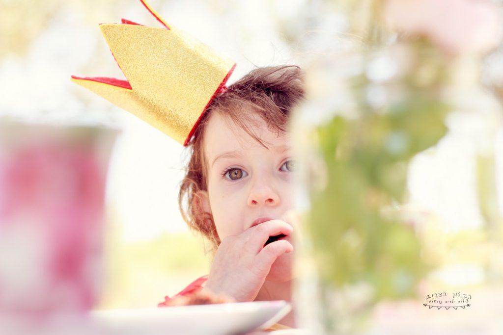"""הבלון הצהוב- סטודיו לצילום ועיצוב גרפי IMG_0656-Edit-1024x683 צילום בעקבות אגדה- """"הנסיך צפרדע"""" צילום ילדים בטבע, צלמת ילדים בדרום"""