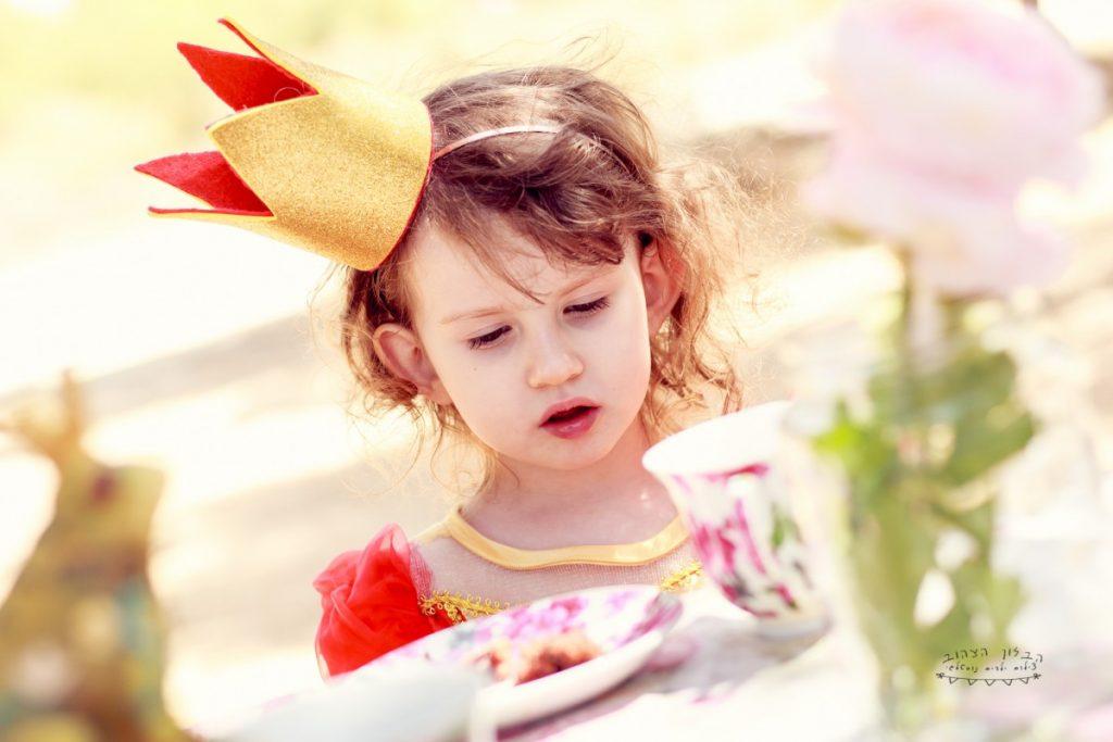 """הבלון הצהוב- סטודיו לצילום ועיצוב גרפי IMG_0660-Edit-1024x683 צילום בעקבות אגדה- """"הנסיך צפרדע"""" צילום ילדים בטבע, צלמת ילדים בדרום"""