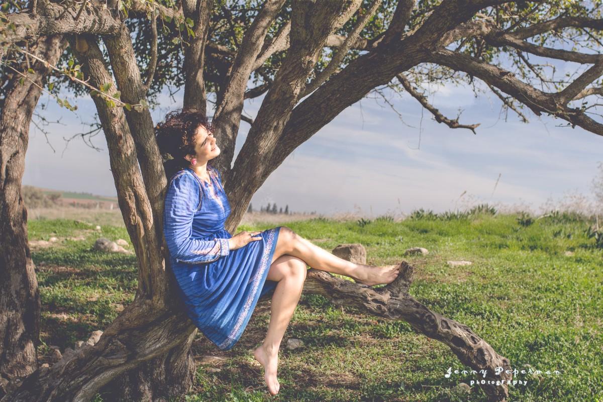 הבלון הצהוב- סטודיו לצילום ועיצוב גרפי IMG_0105-Edit-3 מורן הילה- צילומי נשיות והעצמה הנשית בטבע