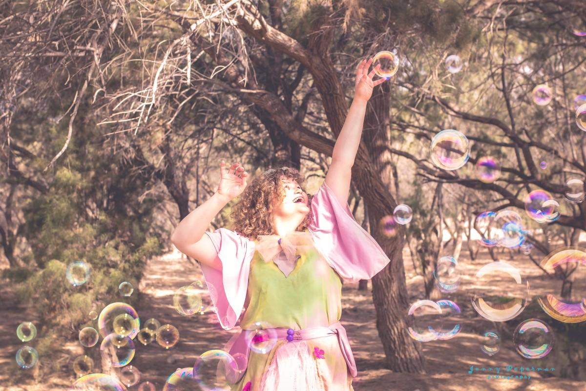ג'ני פפרמן צלמת הריון, נשיות, בוק בת מצווה ותדמית IMG_0167-Edit-2 שמח בלב- צילומי תדמית מיוחדים