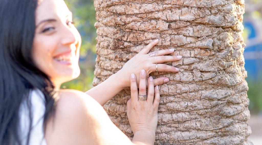 """ג'ני פפרמן צלמת הריון, נשיות, בוק בת מצווה ותדמית IMG_0490-1024x567 צילומי אווירה לתכשיטים - """" דרך הטבע"""""""