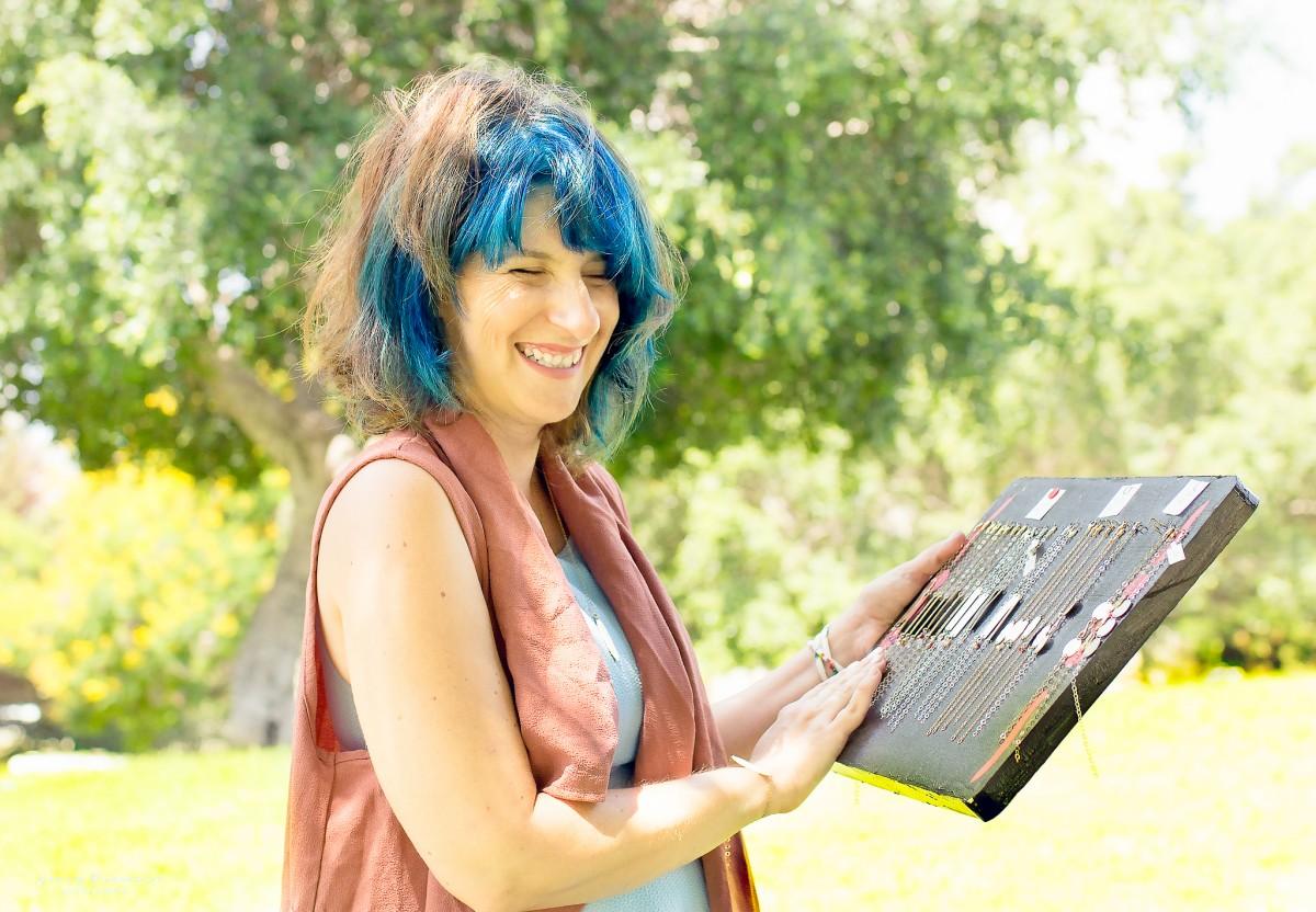 הבלון הצהוב IMG_0642-Edit ! Smile- צילומי תדמית ואווירה לדנדי  דניאל בן שוע