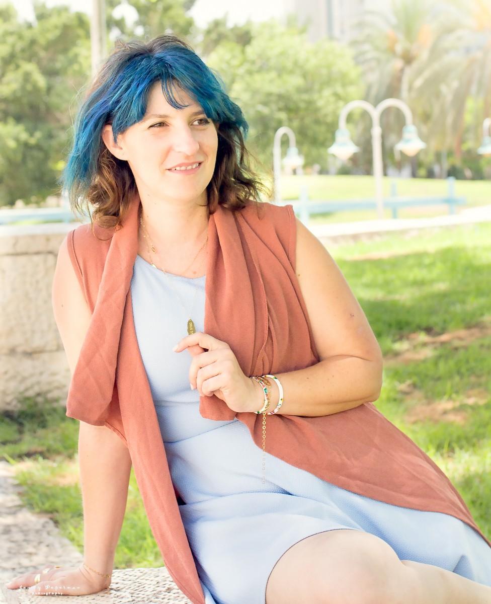 הבלון הצהוב- סטודיו לצילום ועיצוב גרפי IMG_0758-Edit ! Smile- צילומי תדמית ואווירה לדנדי  דניאל בן שוע