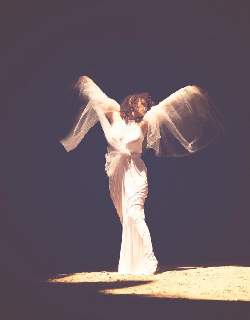 ג'ני פפרמן צלמת הריון, נשיות, בוק בת מצווה ותדמית IMG_0377-Edit-799x1024 להיוולד מחדש- מורן הילה. צילום נשים אומנותי