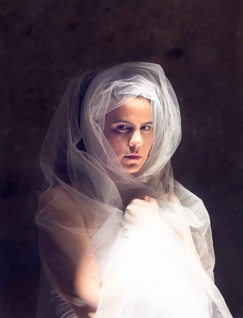 ג'ני פפרמן צלמת הריון, נשיות, בוק בת מצווה ותדמית IMG_0394-Edit-2-782x1024 להיוולד מחדש- מורן הילה. צילום נשים אומנותי