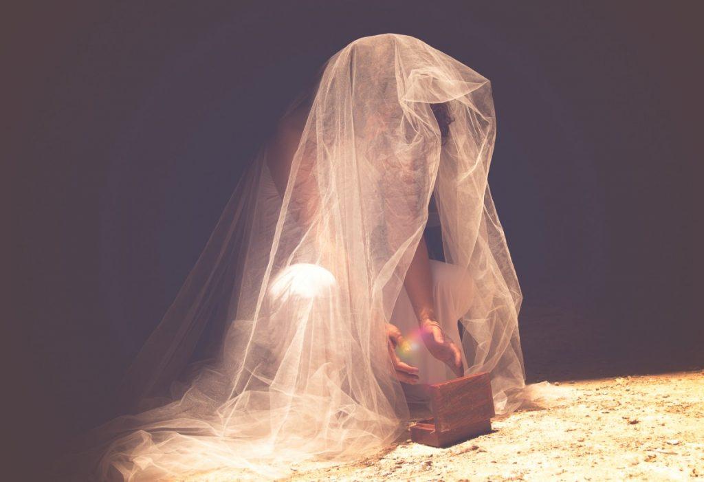 ג'ני פפרמן צלמת הריון, נשיות, בוק בת מצווה ותדמית IMG_0548-Edit-2-1024x701 להיוולד מחדש- מורן הילה. צילום נשים אומנותי