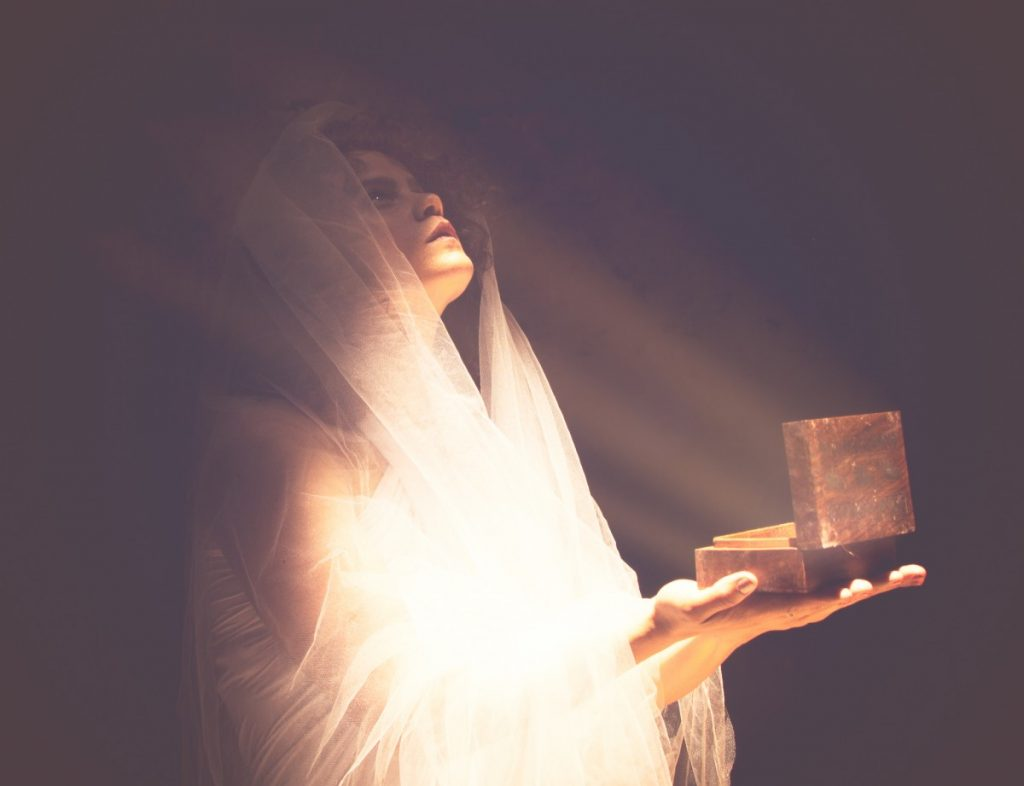 ג'ני פפרמן צלמת הריון, נשיות, בוק בת מצווה ותדמית IMG_0558-Edit-1024x786 להיוולד מחדש- מורן הילה. צילום נשים אומנותי