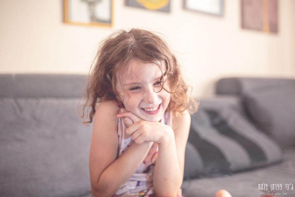 הבלון הצהוב- סטודיו לצילום ועיצוב גרפי IMG_0062-1024x683 על אור וצל וילדה אחת באמצע- יצירת זיכרונות ילדות