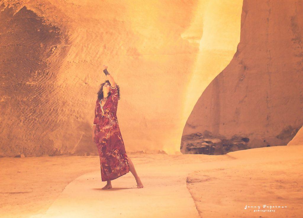 ג'ני פפרמן צלמת הריון, נשיות, בוק בת מצווה ותדמית IMG_0065-Edit-1-1024x738 להיוולד מחדש- מורן הילה. צילום נשים אומנותי