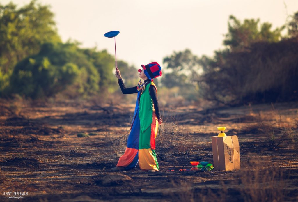"""ג'ני פפרמן צלמת הריון, נשיות, בוק בת מצווה ותדמית IMG_0169-Edit-1-1024x694 """" צ'אקרת השורש""""- פרויקט אישי של  צילום נשים . אורלי- יסוד האוויר. #דרוםשחור"""