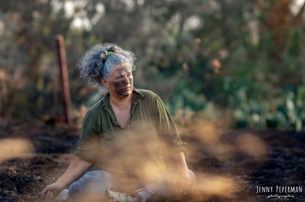 """ג'ני פפרמן צלמת הריון, נשיות, בוק בת מצווה ותדמית IMG_0195-Edit-1024x679 פרויקט צילום אישי """"צ'אקרת השורש""""-תמר, יסוד האדמה.  #דרוםשחור"""