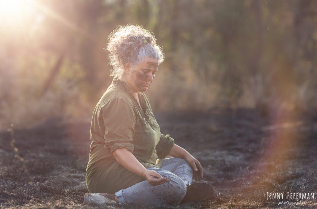 """ג'ני פפרמן צלמת הריון, נשיות, בוק בת מצווה ותדמית IMG_0201-Edit-1024x677 פרויקט צילום אישי """"צ'אקרת השורש""""-תמר, יסוד האדמה.  #דרוםשחור"""