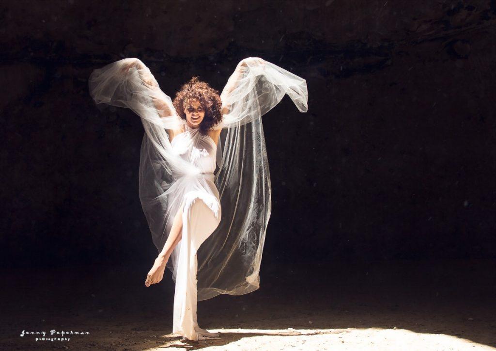 ג'ני פפרמן צלמת הריון, נשיות, בוק בת מצווה ותדמית IMG_0420-Edit-1024x724 להיוולד מחדש- מורן הילה. צילום נשים אומנותי