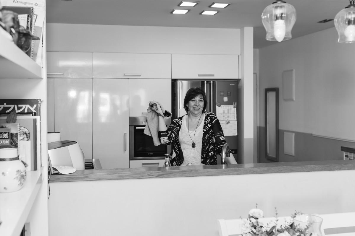 הבלון הצהוב- סטודיו לצילום ועיצוב גרפי IMG_0084 בוק אישי לאישה מיוחדת- צילומי נשיות בבית