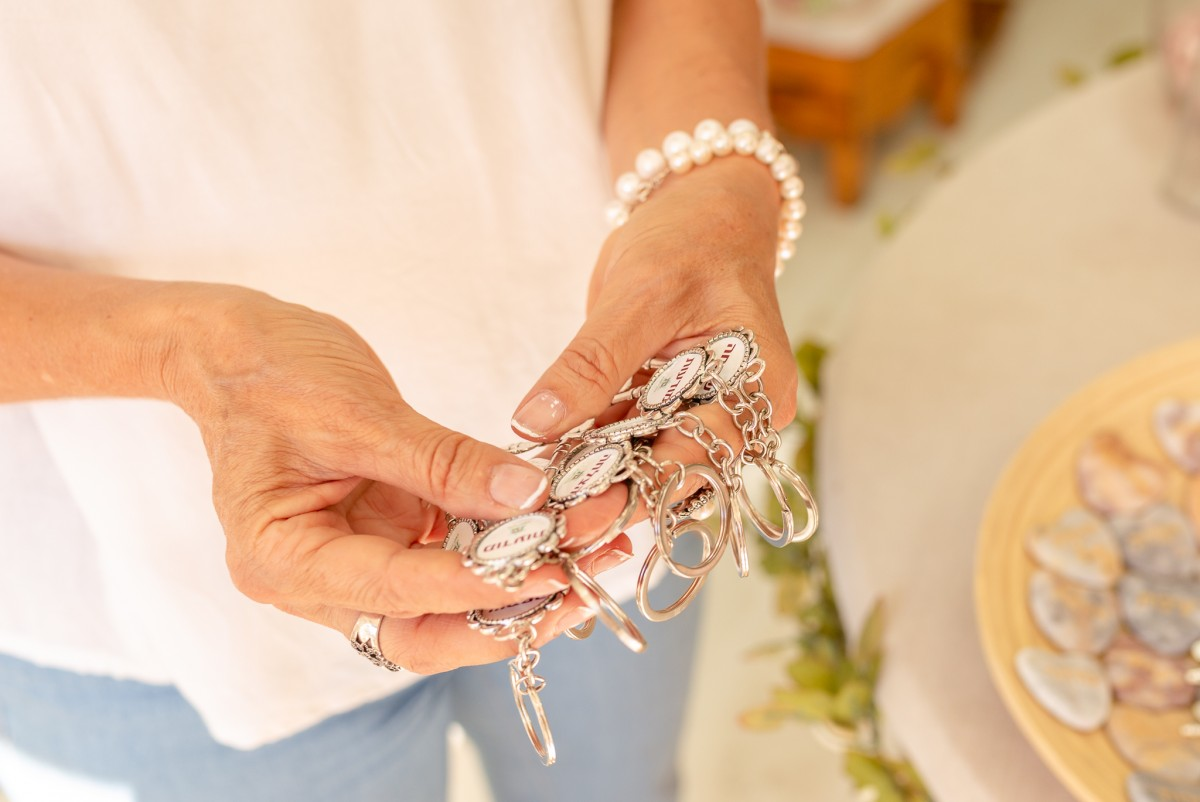 """ג'ני פפרמן צלמת הריון, נשיות, בוק בת מצווה ותדמית IMG_0122 צילומי אווירה לתכשיטים - """" דרך הטבע"""""""