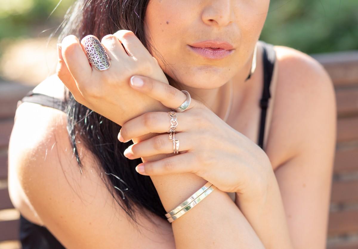 """ג'ני פפרמן צלמת הריון, נשיות, בוק בת מצווה ותדמית IMG_0240-Edit צילומי אווירה לתכשיטים - """" דרך הטבע"""""""