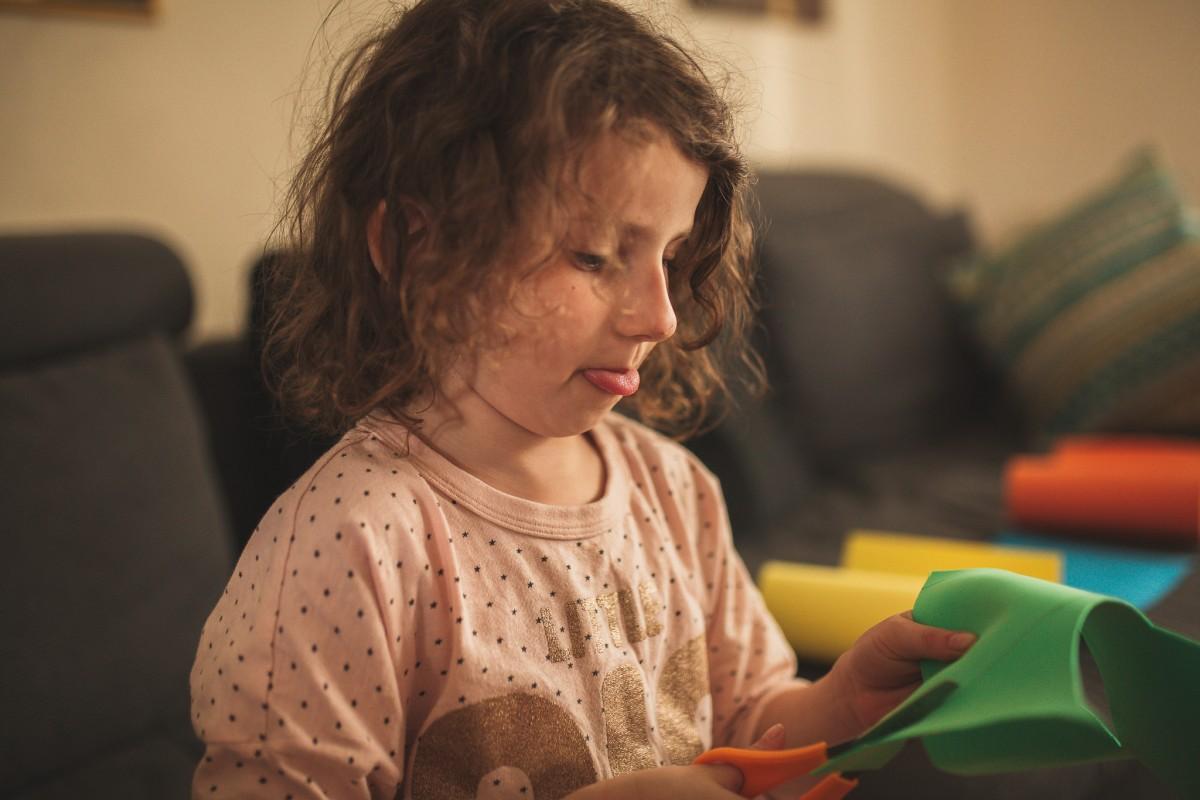 הבלון הצהוב- סטודיו לצילום ועיצוב גרפי -ילדים-בבית-0025 על דרקונים ויצורים אחרים- פרויקט יצירת זיכרונות ילדות