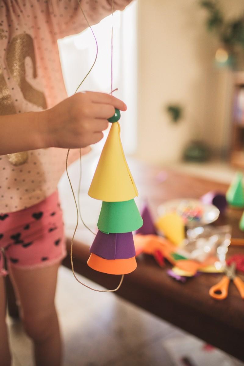 הבלון הצהוב- סטודיו לצילום ועיצוב גרפי -ילדים-בבית-0044 על דרקונים ויצורים אחרים- פרויקט יצירת זיכרונות ילדות