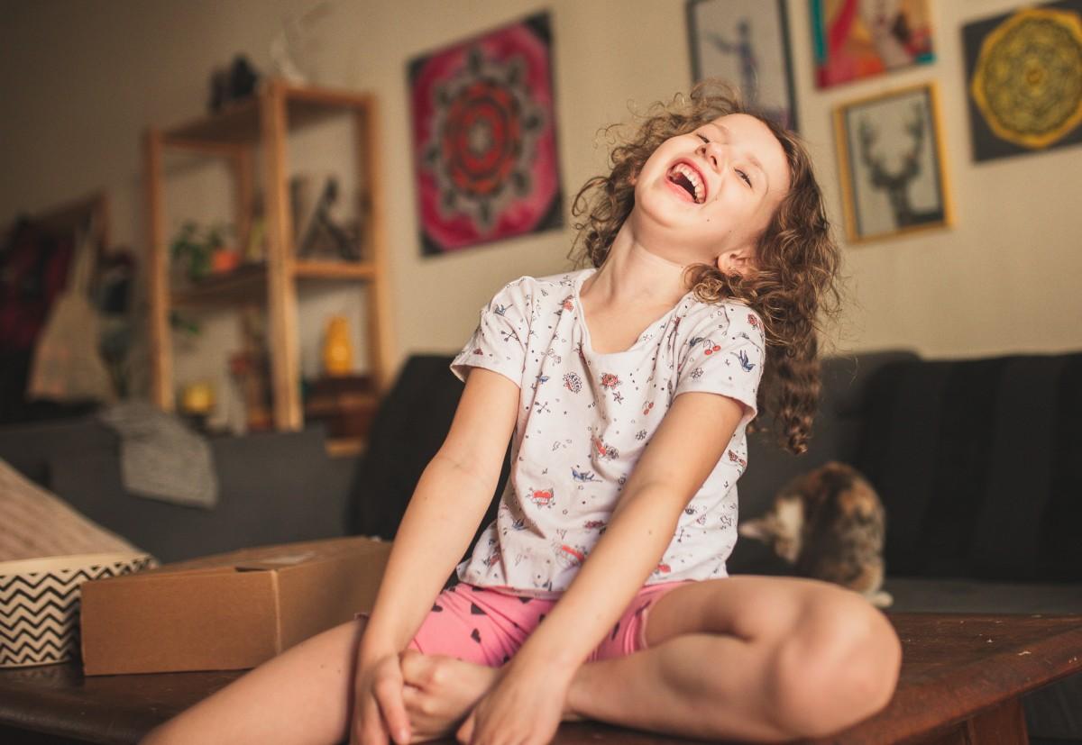 הבלון הצהוב- סטודיו לצילום ועיצוב גרפי -ילדים-בבית-0091 על דרקונים ויצורים אחרים- פרויקט יצירת זיכרונות ילדות