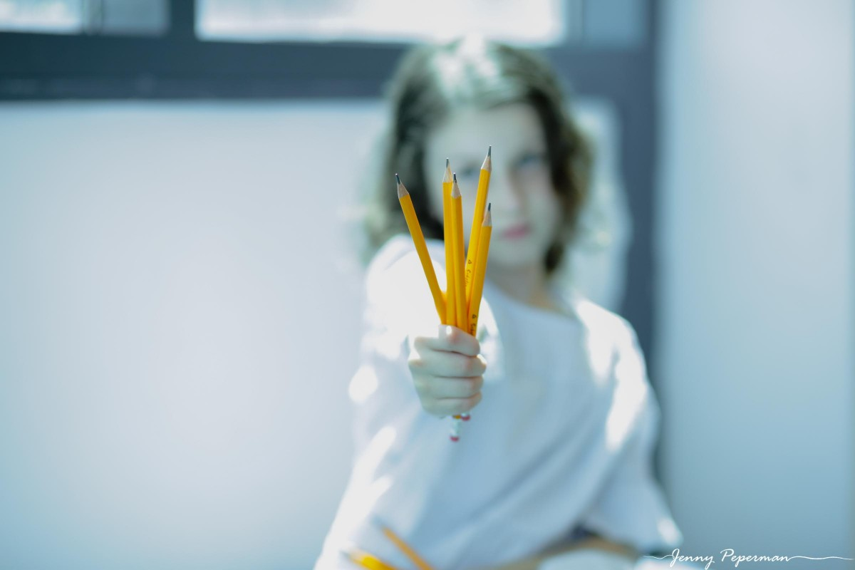 ג'ני פפרמן צלמת הריון, נשיות, בוק בת מצווה ותדמית IMG_0898 שלום כיתה א' או איך מצלמים ילדה שלא רוצה ללכת לבית ספר? צילומי כיתה א' קצת אחרת