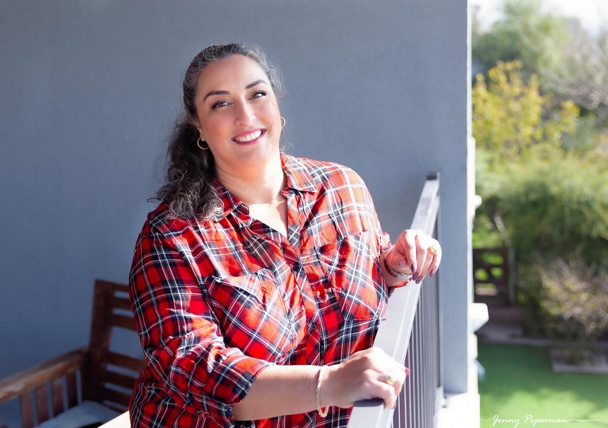 ג'ני פפרמן צלמת הריון, נשיות, בוק בת מצווה ותדמית IMG_0251-Edit יום מרוכז של צילומי תדמית- יום חוויתי ומושלם!