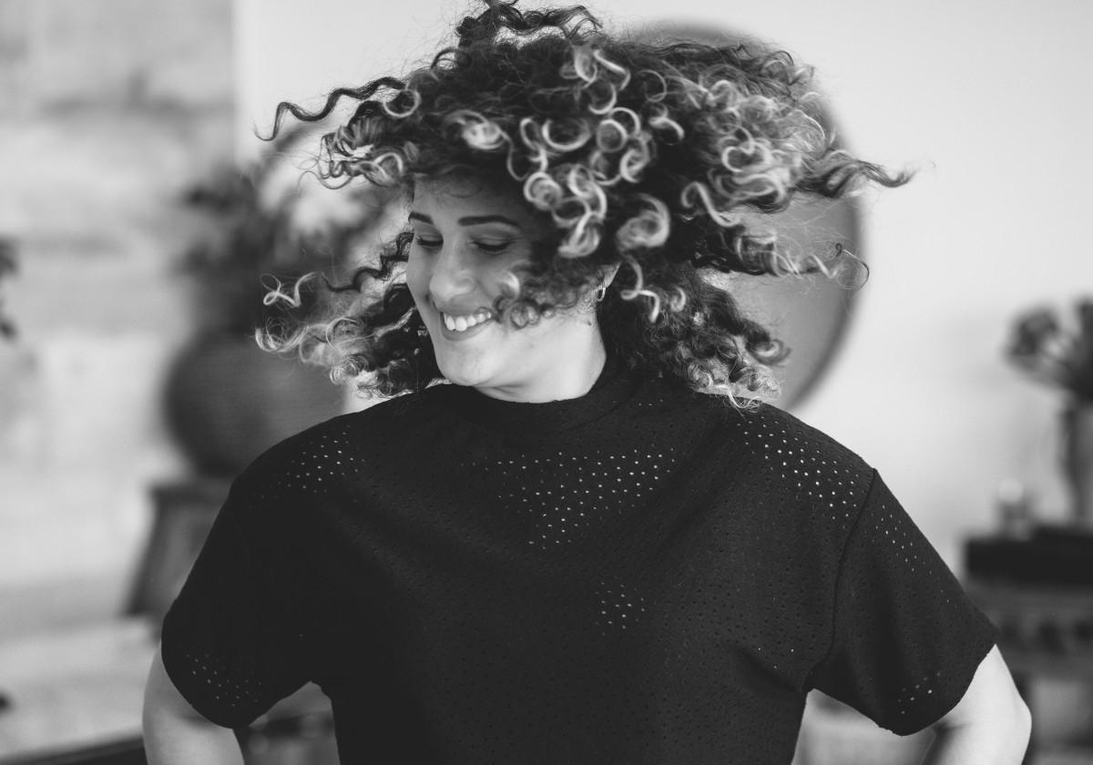 ג'ני פפרמן צלמת הריון, נשיות, בוק בת מצווה ותדמית -צילומי-תדמית-52 צילומי תדמית עם חברה הכי טובה