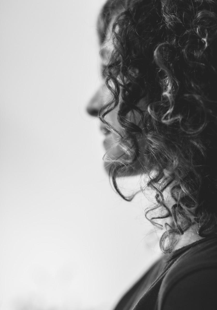 ג'ני פפרמן צלמת הריון, נשיות, בוק בת מצווה ותדמית -שמעון-צילומי-אווירה-26 צילומי ואווירה בשחור לבן