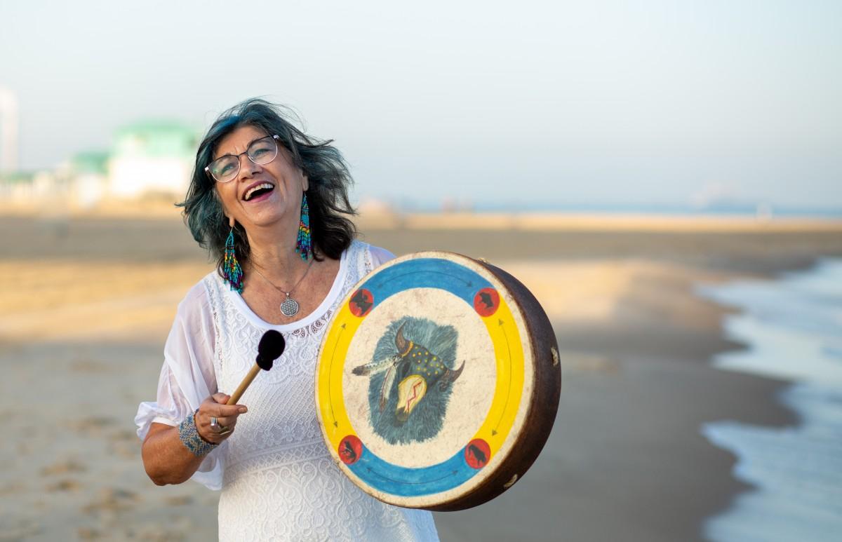 ג'ני פפרמן צלמת הריון, נשיות, בוק בת מצווה ותדמית -טל-דורות-צילומי-תדמית-ואווירה-17 צילומי תדמית בים- חוויה מרגשת!