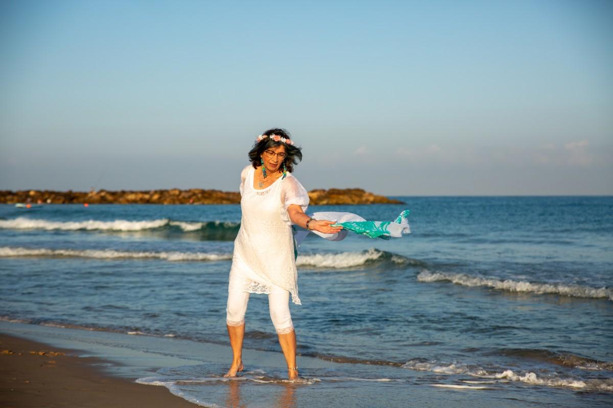 ג'ני פפרמן צלמת הריון, נשיות, בוק בת מצווה ותדמית -טל-דורות-צילומי-תדמית-ואווירה-34 צילומי תדמית בים- חוויה מרגשת!