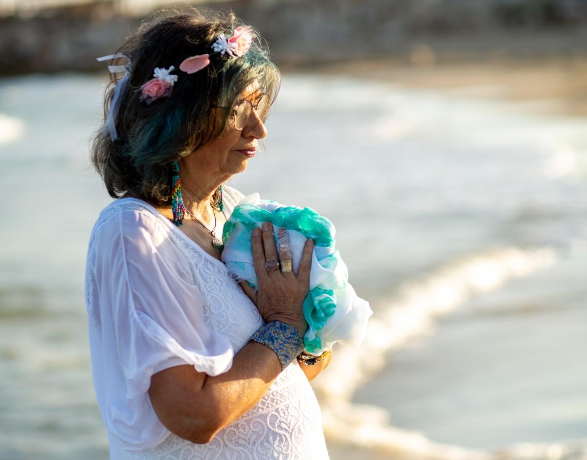 ג'ני פפרמן צלמת הריון, נשיות, בוק בת מצווה ותדמית -טל-דורות-צילומי-תדמית-ואווירה-38 צילומי תדמית בים- חוויה מרגשת!