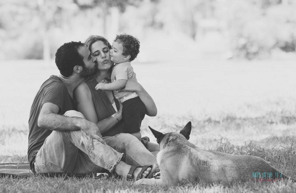 ג'ני פפרמן צלמת הריון, נשיות, בוק בת מצווה ותדמית -משפחה-בפארק-100-1024x667 ראשי